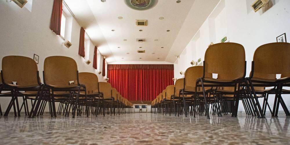 Ospitalità, Salone San Francesco presso il Santuario del SS Crocifisso di Rutigliano, Bari